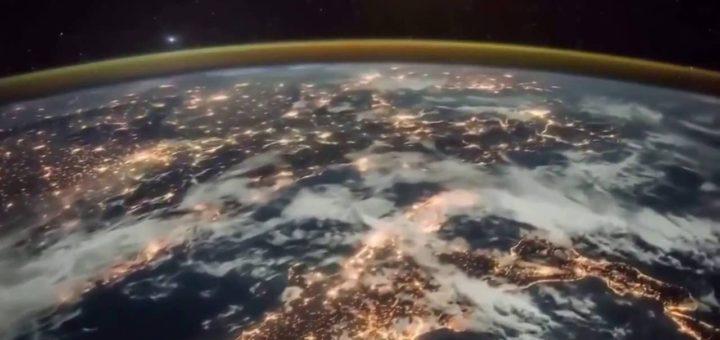 Рассвет над Землёй
